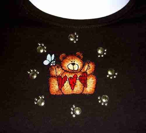 Animals - Paw Prints Example in Gold Iron on Applique Use