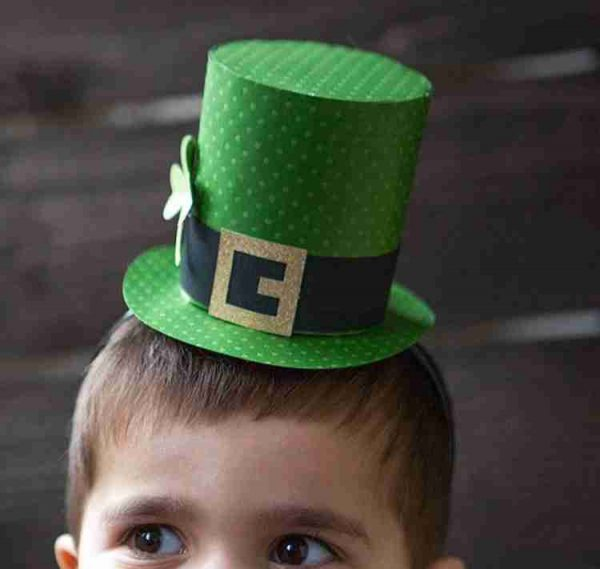 St Patrick's Day Paper Hat DIY
